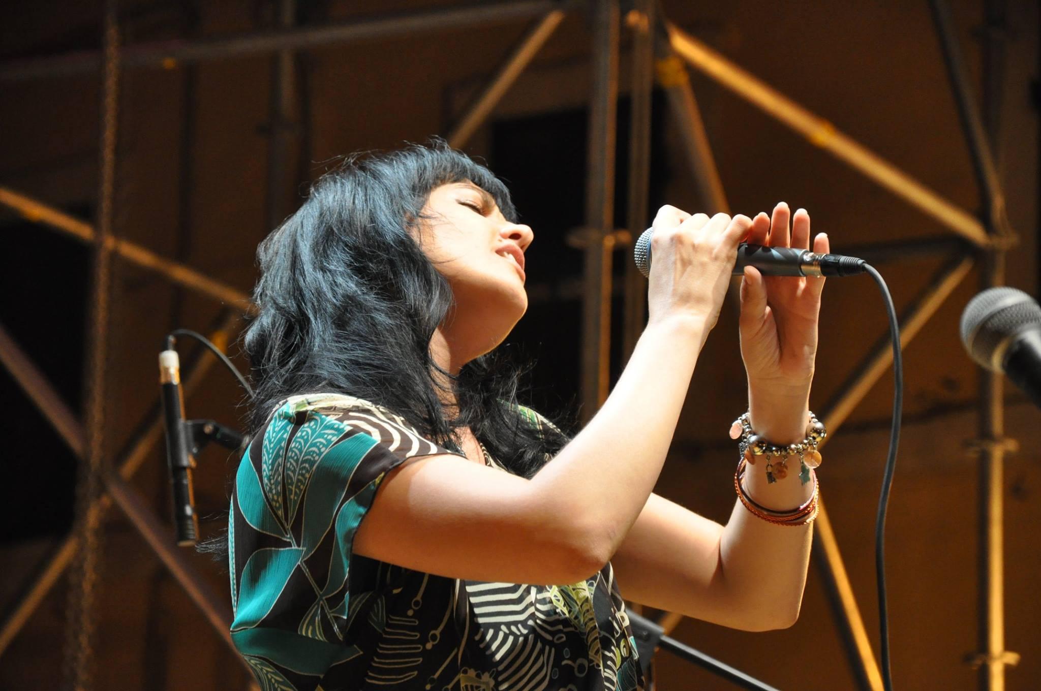 Romina Capitani - vocals